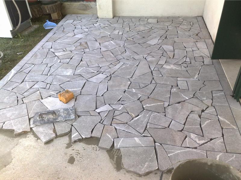 Pavimento in pietra - Losas de piso exterior ...